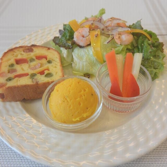 リネア特製おかずケーキランチ(定番メニュー)